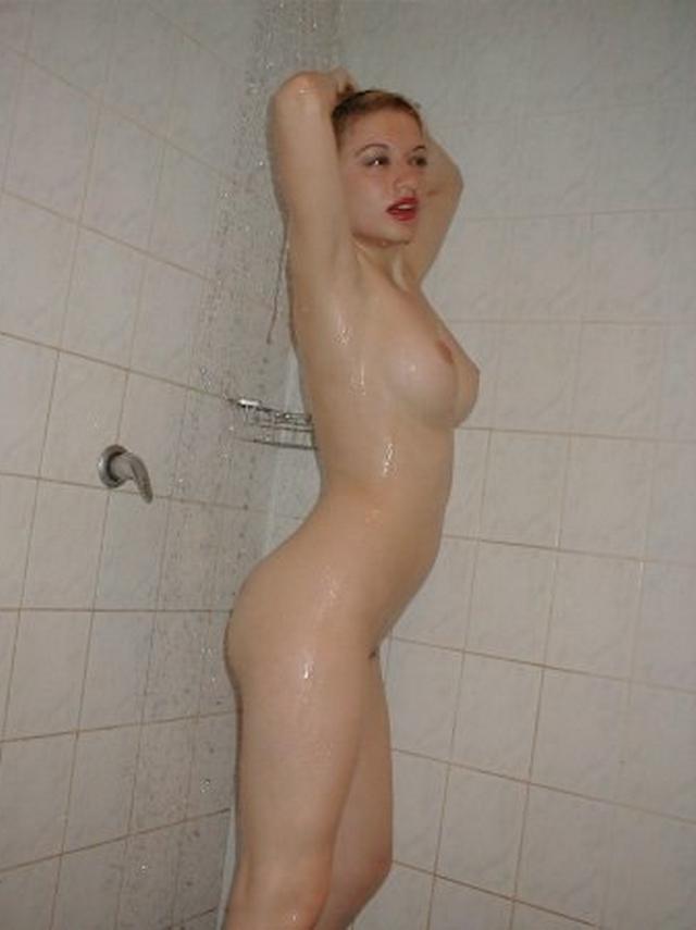 Снимки голых девушек из 80х годов - фото #15