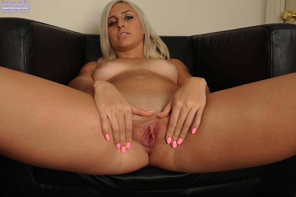 Блондинка Xandra Sixx мастурбирует после работы - фото #12