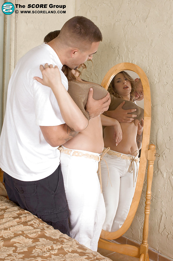 Нежный любовник насытил мамочку