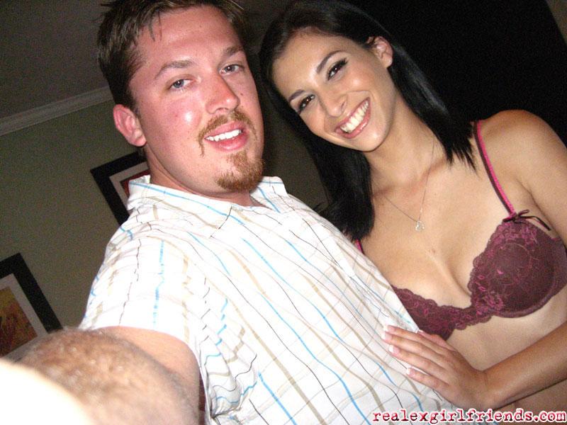 Мужчина поиграл с молодой любовницей