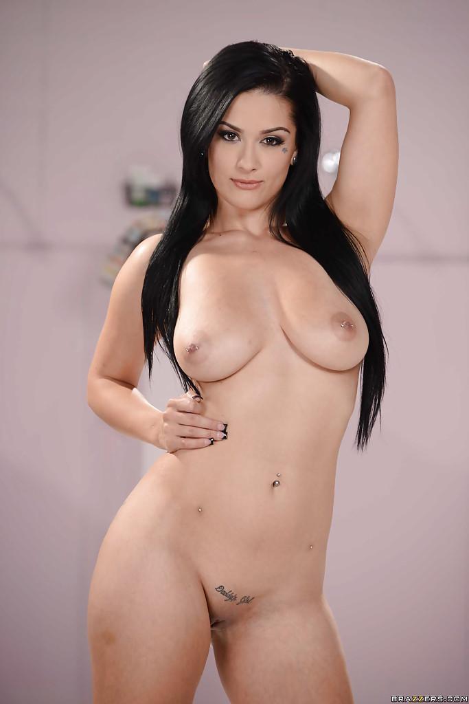Модель Katrina Jade позирует в обнаженном виде - фото #12