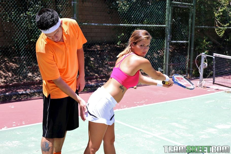 Теннисистка Кейша Грей снова проиграла тренеру партию - фото #4